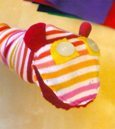 This sock puppet makes sound when you open its mouth. It is a quick project for a rainy day and is a great way to use up old musical cards instead of throwing them...