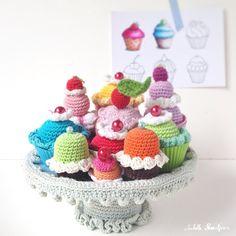 Isabelle Kessedjian: Cupcakes au crochet.