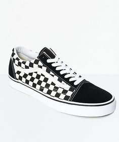 Vans Old Skool Black & White Checkered Skate Shoes - Sneakers Vans Old Skool, Old Skool Black, Vans Haute, Vans Checkered, Balenciaga Shoes, Valentino Shoes, Chanel Shoes, Louboutin, Fall Shoes
