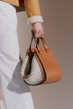 Handbags Online, Purses And Handbags, Leather Handbags, Leather Bag, Fashion Bags, Fashion Accessories, Loewe Bag, Handmade Purses, Best Bags