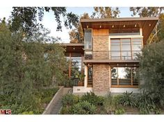 Kevin Bacon and his family have made the move from New York to Los Angeles to a property which only boasts two bedrooms and three bathrooms despite the $2.5 million price.    Bacon's wife, actress Kyra Sedgwick recently starred in blockbuster Man On A Ledge and the pair have made the move to California with their two children, Travis, 22, and 19-year-old Sosie.