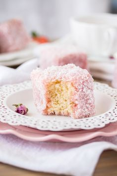 This Rose Strawberry Lamington recipe is a lovely twist on the classic Aussie Lamington. Pink lamingtons with a fluffy sponge centre and a homemade rose and strawberry jelly. Lamingtons Recipe, Australian Desserts, Australian Food, Chocolate Caramel Slice, Chocolate Cherry, Chocolate Parfait, Chocolate Snacks, Caramel Apples, Pastries