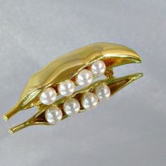 Vintage  PeaPod Brooch Faux Pearls Pea Pod by waalaa on Etsy, $23.99