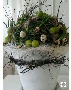 Untitled backyard design diy ideas # – Anna J. Easter Flower Arrangements, Floral Arrangements, Diy Osterschmuck, Deco Floral, Diy Easter Decorations, Easter Wreaths, Easter Baskets, Easter Crafts, Plant Hanger
