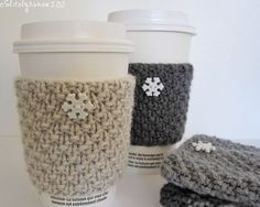knitted cup warmers.... these would be awesome to have and you could use them as wrist warmers when you don't have a coffee!