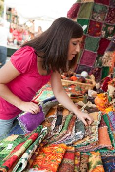 'Tis the season of arts and craftsshows. You need to know how a certain marketplace rates in being the place to be to make sales? As always, it's not an easy answer. It depends on the show. I just attended an annual local festival and was very disa