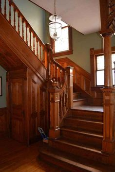1890 Victorian staircase