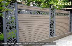 Cloture composite lames deco alu New York Front Gate Design, House Gate Design, Door Gate Design, Fence Design, Wood Privacy Fence, Backyard Privacy, Backyard Fences, House Main Door, Outdoor Projects