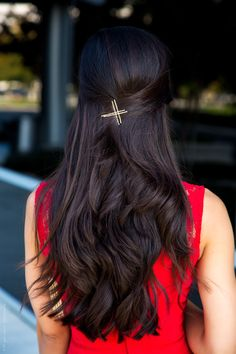 Red and Gold For My Perfect Holiday Outfit Long Layered Hair, Long Hair Cuts, Front Hair Styles, Medium Hair Styles, Beautiful Long Hair, Gorgeous Hair, Hairstyles Haircuts, Braided Hairstyles, Long Indian Hair