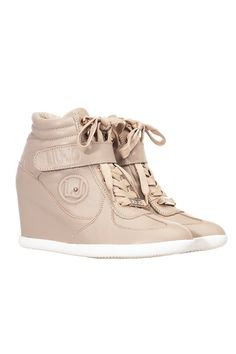 Liu Jo Clara Sneakers 249,00 € www.fashionstore.fi