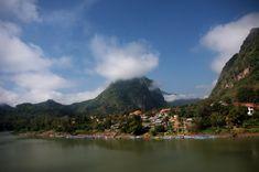Nong Khiaw - z gorączką w raju - Okiem Maleny Luang Prabang, Laos, Backpacking, The Good Place, Travel Photography, River, Mountains, Amazing, Nature