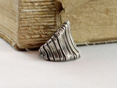 Sterling silver weaved ring. Jewellery online by nataliasjewellery