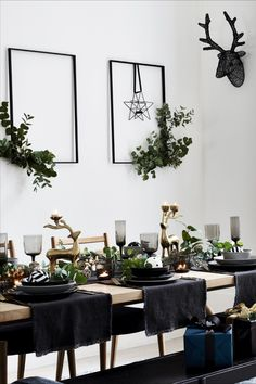 Dark Christmas, Minimal Christmas, Christmas Home, Elegant Christmas, Modern Christmas, Scandinavian Christmas, Beautiful Christmas, Simple Christmas, Black Xmas Tree