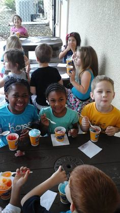 Children at CW Land O' Lakes enjoyed a refreshing treat from Kona Ice during the hot weather!