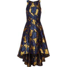 Noir Sachin & Babi Cutout metallic brocade dress (1,050 PEN) ❤ liked on Polyvore featuring dresses, midnight blue, loose dress, cut out back dress, asymmetrical hem dress, midnight blue cocktail dress and cutout dress