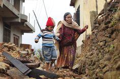 Le ultime foto del terremoto in Nepal - Il Post