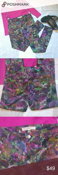 """Cluny skinny pants Fun and colorful pants from Cluny. Can be dressed up and down, 5 pocket style , material is not thick. Got some stretch. Inseam 31 """", rise about 8"""". Like new condition Cluny  Pants Skinny"""