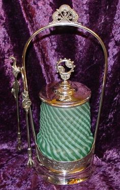 Victorian Mint/Aqua Opalescent Reverse Swirl Satin Glass Pickle Caster This exquisite little Victorian pickle castor is in near mint condition, as well as being mint or aqua in color! Antique Glassware, Vintage Kitchenware, Vintage Dishes, Cut Glass, Glass Art, Pickle Jars, Tiffany Lamps, Indiana Glass, Fenton Glass