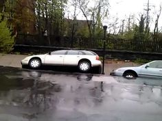 Baltimore Landslide Swallows Cars (Video) - Daily Picks and Flicks