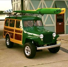 Jeep Body Parts, Classic Trucks, Classic Cars, Willys Wagon, Green Jeep, Woody Wagon, Old Jeep, S Car, Station Wagon