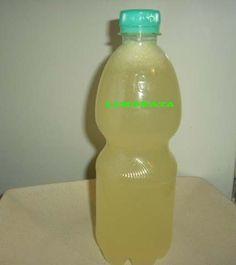 Un'ottima limonata frizzante fatta in casa, senza additivi, coloranti e aromatizzanti. Fate contenti voi e i vostri bambini a cuor leggero