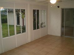 St Whittier Ca 90605 Enclosed Patio Room 2 |