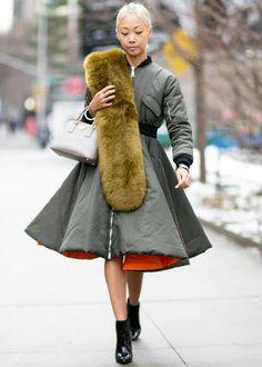 Очарование женственности: пальто-платье 0