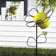 Daisy Bird Feeder Yard Stake - Party Decorations & Yard Stakes