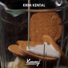 Banana Biscuit Milkshake | Yummy #MasakItuGampang - Temukan resep-resep menarik lainnya hanya di: Instagram: @Yummy.IDN Facebook: Yummy Indonesia