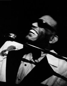Ray Charles in concert at Southernaire Club in Atlanta (May 21 - 25, 1974). Photo by Steve Banks.