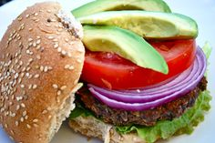 Make your own (vegan) burger! Simple ingredients with lots of flavor
