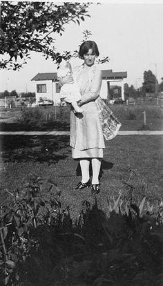 Marilyn: Marilyn's Mother