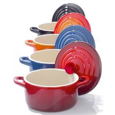 love all Le Creuset Cookware/Kitchenware, and thank you TJ Maxx/Home Goods for allowing me to afford it. Le Creuset Cookware, Kitchen Must Haves, Kitchen Gadgets, Kitchen Items, Kitchen Stuff, Kitchen Tools, Kitchen Dining, Cooking Tools, Dutch Oven