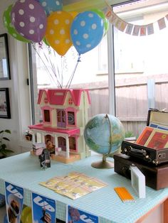 UP themed birthday party--not the cake...but a good centerpiece!