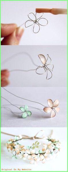 Haarschmuck Diy - DIY Floral Crown | Make your own cute floral crown with this easy tutorial!  #haarschmuckdiy #haarschmuckhochzeitdiy #hairaccessoriesdiyglue #hairaccessoriesdiyideas #hairaccessoriesdiyshop
