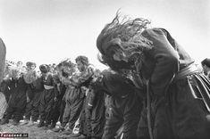 kleidersachen — incrdblyclose: Kurdish Sufis by Kaveh Golestan,. Man Photography, Street Photography, Kurdistan, Cool Art, Nice Art, Documentary Photography, Sufi, Photojournalism, One Pic