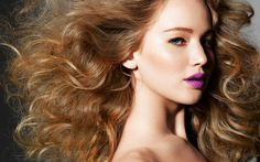 Jennifer Lawrence radiant orchid lips