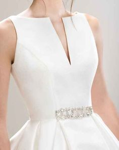 Dresses Uk, Couture Dresses, Bridal Dresses, Fashion Dresses, Formal Dresses, Wedding Dress Patterns, Bridal Dress Design, Wedding Dress Shopping, I Dress