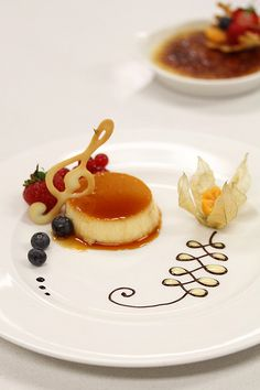 Presentation for Creme Caramel via Le Cordon Bleu London - Basic Pâtisserie by Irina Kupenska, via Behance Más Fancy Desserts, Gourmet Desserts, Plated Desserts, Gourmet Recipes, Delicious Desserts, Dessert Recipes, Gourmet Foods, Pear Dessert, Sushi Recipes