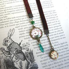 White Rabbit bookmark by Poison B.   #bookmark #wonderland #whiterabbit