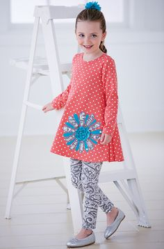 From CWDkids: Flower Tunic & Leggings Set
