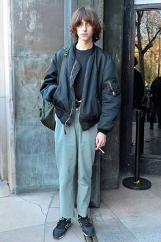 men's street style outfits for cool guys 80s Fashion, Trendy Fashion, Fashion Outfits, Fashion Trends, Fashion Styles, Street Fashion, Retro Fashion Mens, Fashion History, Fashion Boots