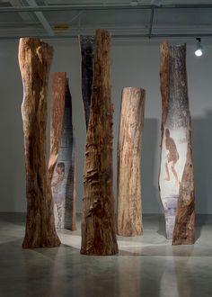 Tree Sculpture, Modern Sculpture, Wood Glass, Glass Art, Pole Art, Driftwood Crafts, Museum Of Fine Arts, Art Object, Installation Art