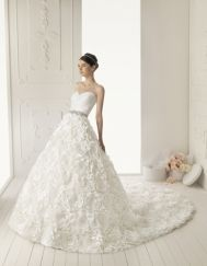 Aire Barcelona Wedding Dresses - Style Roman