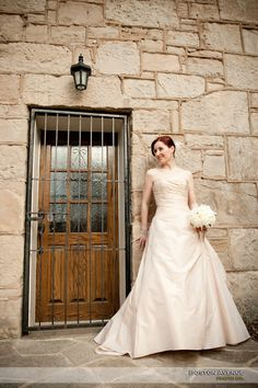 Ancaster Mill wedding photos against stone wall Stone Facade, Stone Masonry, Stone Veneer, Wooden Architecture, Residential Architecture, Marble Stones, Stone Houses, How To Draw Hair, Us Images