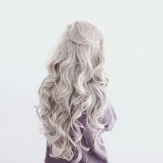 Image about girl in hair style by _ELLE_ on We Heart It Luna Lovegood, Hawke Dragon Age, Princess Allura, Thranduil, Character Aesthetic, Ice Aesthetic, Aesthetic Black, Photo Instagram, White Hair
