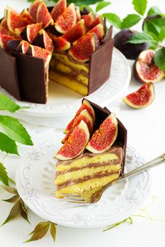 Chocolate cake with fresh figs.