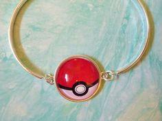 Poke ball bracelet, Pokemon jewelry,  original Pokeball jewlery, Retro Gaming jewelry and acessories, Pokemon Go acessories, Pokemon Theme by BlueNebulaWorks on Etsy