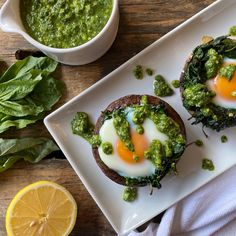 I found some rather large portobello mushrooms at the grocery store, and I just had to turn them into a brunch-inspired meal with vitamin-packed spinach and an egg baked right… Stuffed Mushroom Caps, Stuffed Mushrooms, Stuffed Peppers, Dairy Free Pesto, Pesto Potatoes, Spinach Egg, Healthy Brunch, How To Eat Better, How To Eat Paleo