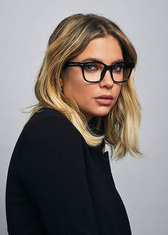 32 eyewear trends for women 2019 - 32 eyewear trends for women 2019 - . Cheap Eyeglasses, Eyeglasses Frames For Women, Cute Sunglasses, Sunglasses Women, Vintage Sunglasses, Trending Glasses Frames, Oblong Face Shape, Glasses Trends